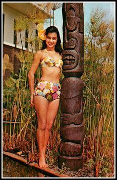Vintage Tiki and Tiki Hottie