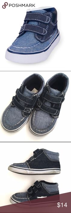 🚀 Children's Place High Top Shoes 🚀Children's Place Boys Hight top shoes on various denim shades and velcro closure straps. In GUC with some usage wear and minor discoloration. See images. Soles have discoloration 🚀From my nephews closet, smoke and pet free home 🚀 Children's Place Shoes Sneakers