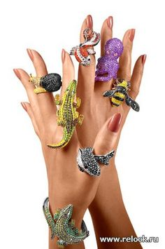 I Love Jewelry Animal rings - Anyone can pull off a Tiffany-cut diamond, but women with a dash of wild style will appreciate these bejeweled bumblebees, dolphins, alligators Noir Jewelry, Jewelry Art, Jewelry Rings, Jewelry Accessories, Fashion Accessories, Fashion Jewelry, Jewelry Design, Jewelry Sketch, Jewellery Sketches
