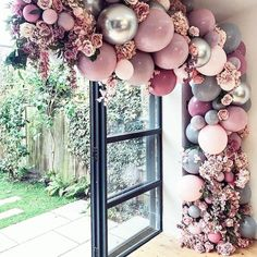 Top 20 Creative Balloons Wedding Decor Ideas If you think that balloons are just for birthdays, you will certainly think again after you see these 20 awesome balloon wedding ideas. From fun backdrops for Birthday Balloon Decorations, Birthday Balloons, Wedding Decorations, Wedding Ideas, 40th Birthday Themes, Pink Decorations, Baby Birthday, Diy Wedding, Wedding Entrance