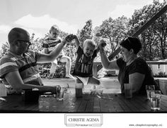 Day in the Life Familie fotografie - Christie Agema Fotografie (@christieagemafotografie) op Instagram: '😊 Just jump! 😊@stoetenslagh ⠀ #overijssel #familyphotojournalism #noordoosttwente #ootmarsum…'