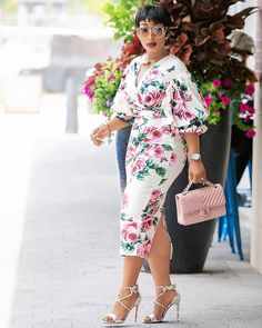 I am getting tired of this gloomy weather.🤔🤔 Blossom beauty set from Set Latest African Fashion Dresses, African Dresses For Women, African Print Dresses, African Print Fashion, African Attire, Chic Outfits, Dress Outfits, Fashion Outfits, Dress Up