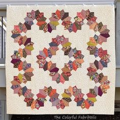 Corona Medallion Longarm Quilting, Hand Quilting, Cowboy Quilt, Fox Quilt, Flannel Quilts, Nine Patch, Custom Quilts, Quilt Making, Quilting Designs