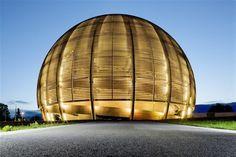 H. Dessimoz et T. Büchi, Globre de la science et de l'innovation, CERN, Geneva (CH)