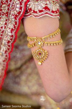 Exquisite indian bride jewelry. http://www.maharaniweddings.com/gallery/photo/83888