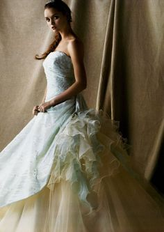 可愛すぎて迷っちゃう♡アンテプリマのカラードレス色別まとめ*にて紹介している画像