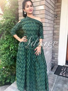 Kalamkari Dresses, Ikkat Dresses, Designer Party Wear Dresses, Indian Designer Outfits, Kurta Designs, Blouse Designs, Long Gown Dress, Boho Dress, Casual Dresses