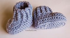 10 Minute Easy Crochet Booties ~ Free Crochet Patterns and Designs by Lisa Auch