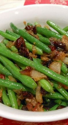 Maple-Glazed Green Beans | Dixie's Kitchen