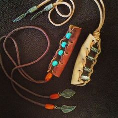 54 Super Ideas DIY Schmuck Hippie Indianer Make Zubehör, . Kids Jewelry, Hair Jewelry, Jewelry Making, Diy Outfits, Leather Jewelry, Leather Craft, Summer Christmas Gifts, Native American Hair, Hippie Hair