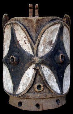 """Arte Africana-Maschera Helmet """"Alunga/Kalunga/Echwaboka"""" - Bembe (Wa-Bembe)"""