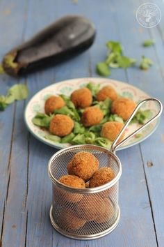 Cocina – Recetas y Consejos Vegetarian Recipes Easy, Veggie Recipes, Cooking Recipes, Healthy Recipes, Aperitivos Finger Food, Good Food, Yummy Food, Salty Foods, Eggplant Recipes