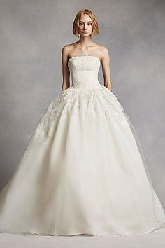 White by Vera Wang Twill Gazar Lace Wedding Dress VW351088