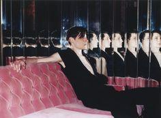 Les années 90 de Marcelo Krasilcic http://www.vogue.fr/photo/le-portfolio-de/diaporama/livre-les-annees-90-de-marcelo-krasilcic/12485/image/741382#!7