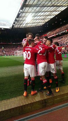 United celebrate Marcus Rashford's opener vs Arsenal