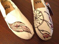 Dream Catcher Native American Indian A&A Shoes by  artist Lindar Grace. M8d4uArt on Etsy, $95.00
