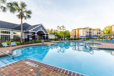 Community amenities include a resort-inspired outdoor pool, a weight room and cardio fitness center, and high-speed internet. #TheSocial1600 #MySocialSpace #FL #StudentLiving #Apartments