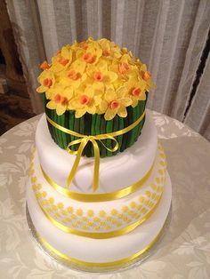 Daffodil Wedding Cake