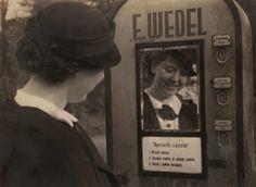 Maszyna ustawiona przez Jana Wedla przy wejściu od Parku Skaryszewskiego, lata 30, fot. materiały Wedla