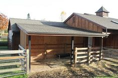 Run-In Sheds for Horses - designed by Equine Facility Design This is what horses really like..a choice. do I go out?..do I stay in...