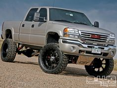 one of my dreams owning a lifted an fast duramax diesel 4x4!