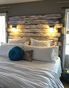 Country style bedroom - 55 examples of cozy bedroom design - bedroom country style wooden bed headboard wall lights throw pillow - Stylish Bedroom, Shabby Chic Bedrooms, Cozy Bedroom, Home Decor Bedroom, Bedroom Furniture, Bedroom Ideas, Design Bedroom, Rustic Bedrooms, Cheap Furniture