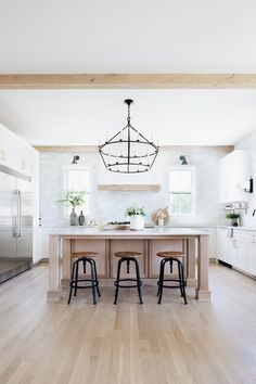Kitchen We took the honed marble backsplash all the way up to the ceiling which is always a dramatic look. Because the marble is honed it has a rustic quality and doesn't look too fussy in our relaxed kitchen #kitchen #backsplash #kitchendesign