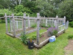 chicken wire fence ideas fence garden diy vertical garden on