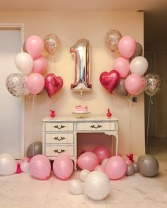Trendy Ideas For Baby First Birthday Party Ideas Girl 1st Birthday Balloons, 1st Birthday Party For Girls, Birthday Ideas, Simple Birthday Decorations, Kids Party Decorations, Ideas Party, Ballon Party, Birthday Photography, Baby Kind