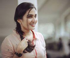 Photograph of Aditi Ravi ARISHFA KHAN  PHOTO GALLERY  | INDIANABEATS.COM  #EDUCRATSWEB 2020-03-20 indianabeats.com https://indianabeats.com/wp-content/uploads/2019/05/Arishfa-Khan-768x960.jpg