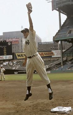 Baseball Photos, Yankee Stadium, Texas Rangers, Baseball Players, New York Yankees, Old And New, Major League, The Originals, Sports