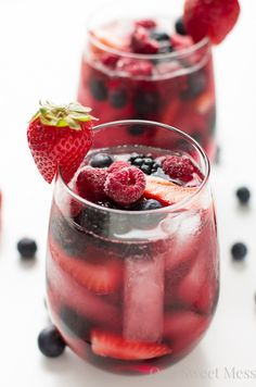 Summer Berry Sangria | Community Post: 27 Mouthwatering Ways To Eat Berries This Summer