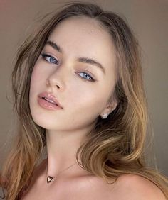 Beautiful Little Girls, Cute Girls, Beauté Blonde, Teen Girl Poses, Actrices Hollywood, Russian Models, Girl Model, Girl Photos, Beauty Women