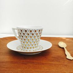 Rare vintage Arabia Finland gilded porcelain coffee cup with