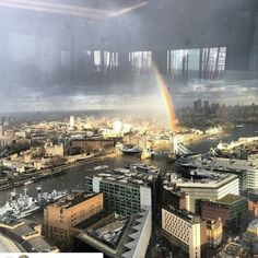View from @shangrilalondon by @danielricciardo by raceofchampions