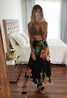 Spring Looks que deben estar en tu shopping list 2020 Chic Summer Outfits, Chic Outfits, Fashion Outfits, Womens Fashion, Moda Hippie, Looks Hippie, Look Boho Chic, Hippie Outfits, Mode Outfits