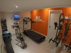A home gym is a terrific way to save money. Have a look on top home gym ideas along with tiny workout space ideas for your home. Triathlon Training Plan, Ironman Triathlon, Triathlon Humor, Olympic Triathlon, Triathlon Women, Triathlon Checklist, Triathlon Wetsuit, Sprint Triathlon, Zwift Cycling