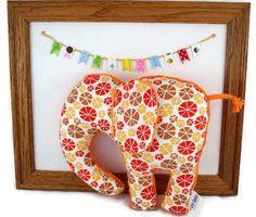 Elephant Plush Baby Toy Stuffed Animal  Orange por LittleSidekick