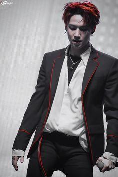 Death Note???? Light Yagami = JB????