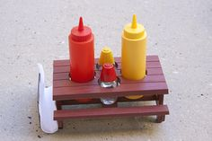 Hey, I found this really awesome Etsy listing at https://www.etsy.com/listing/516130582/vintage-condiment-table-picnic-bbq