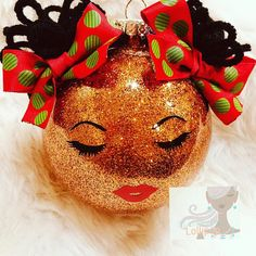 Cute bronze glittered Afro puff girl ornament personalized with name and year. Ribbons will be red and green Polka dots unless another color is requested. Holiday Door Decorations, Handmade Christmas Decorations, Diy Christmas Ornaments, Homemade Christmas, Christmas Wreaths, Outdoor Decorations, Christmas Bazaar Crafts, Holiday Crafts, African Christmas