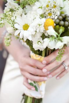Daisy Bouquet. Want to avoid too much yellow? Need to decide colour theme!