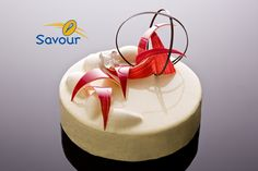 You are gazing at a vanilla rose crème fraiche entremet from Savour School #entremets