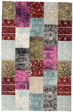 Patchwork and Vintage rugs are considered by many to be the latest trend in rug design. Aqua, Monet, Decoration, Vintage Rugs, Quilts, Blanket, Design, Home Decor, Living Room