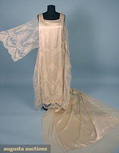 WEDDING DRESS & TRAIN, EARLY 1920s Cream satin w/ fine lace kimono sleeves & overskirt, separate lace & satin train w/ cream chiffon flounce