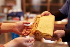 greenz | 伝統の会津木綿を使って、地域の力でものづくり。暮らしになじむ品をお届けする「IIE」。