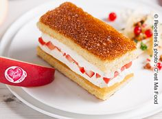 Ice-cream sandwich with brioche and caramelised Pink Lady® apples