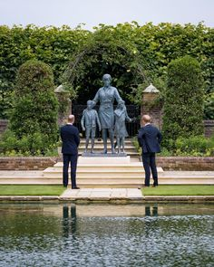Prince William And Harry, Prince Harry And Megan, Prince And Princess, Princess Of Wales, Lady Diana, Diana Statue, Royal Family Pictures, Princes Diana, British Royal Families