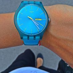 Like this color, like the date and it's a Swatch Watch! perfect for work