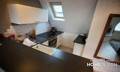 L'espace cuisine a tout d'une grande, à la satisfaction de la cliente qui aime cuisiner. Entre la pièce de vie et la chambre, nous posons un...